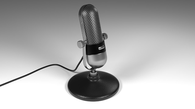 میکروفن برای ضبط پادکست صوتی