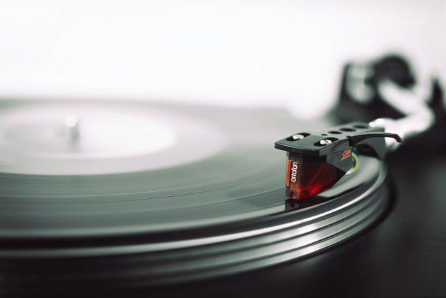 ضبط صدا با گرافامون