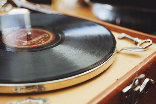 تجهیزات برای ضبط صدا چیست؟